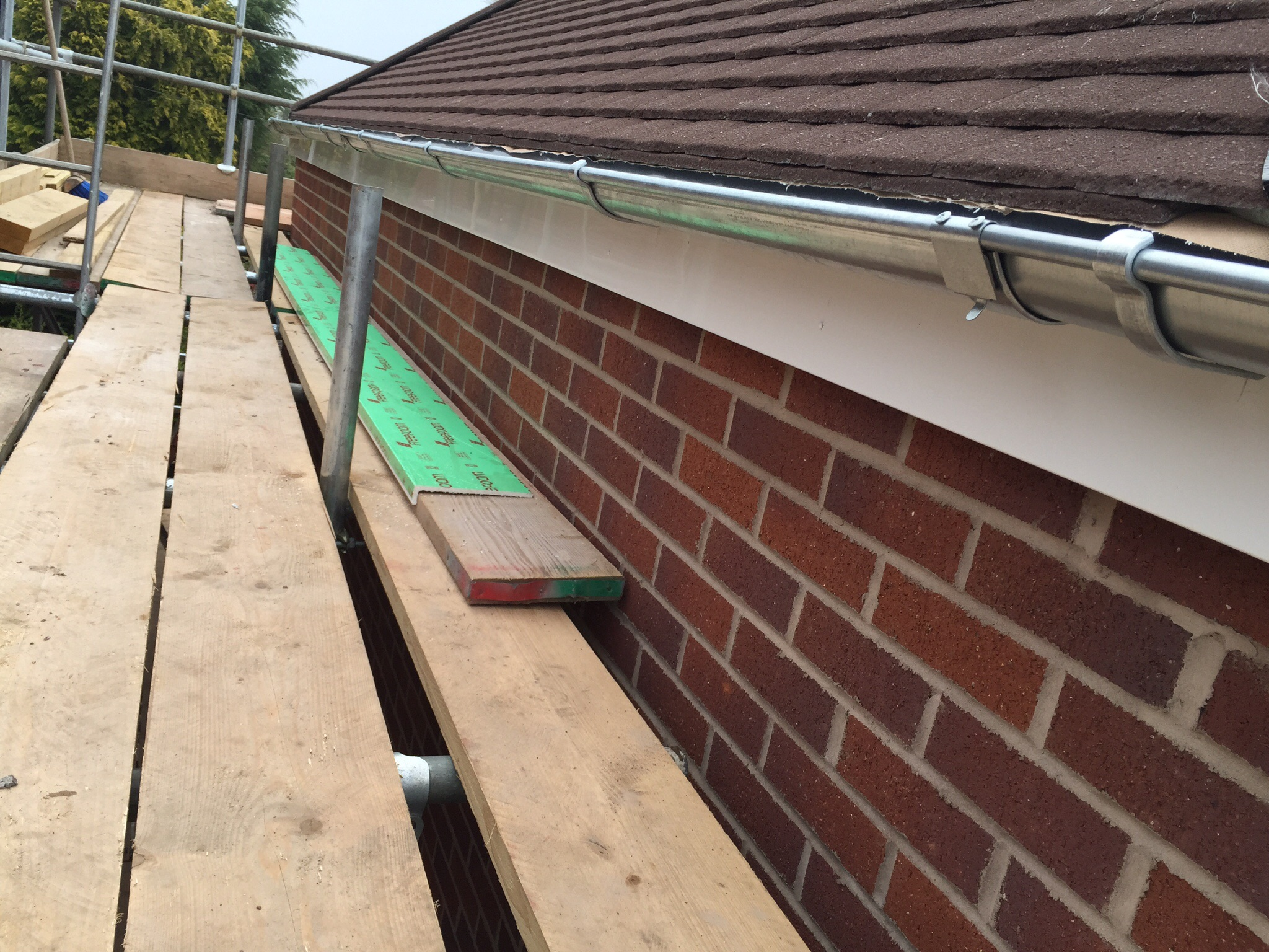 Metal gutters & downpipe